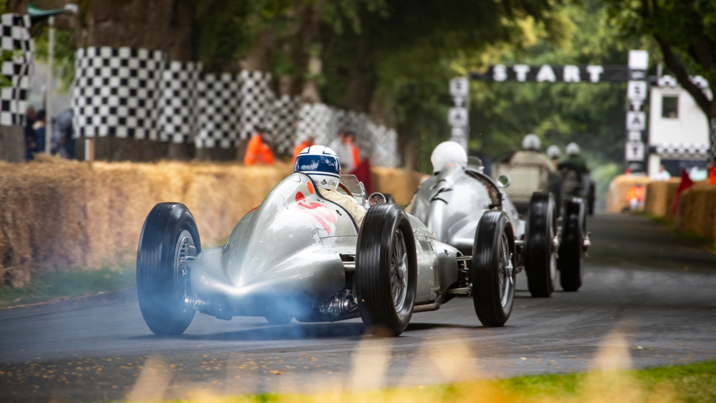 https://cloud.mb-lounge.com/files/HQ-Events/Classic/Oldtimer%20Events/event-calendar-goodwood-festival-of-speed-2560x1440.jpg