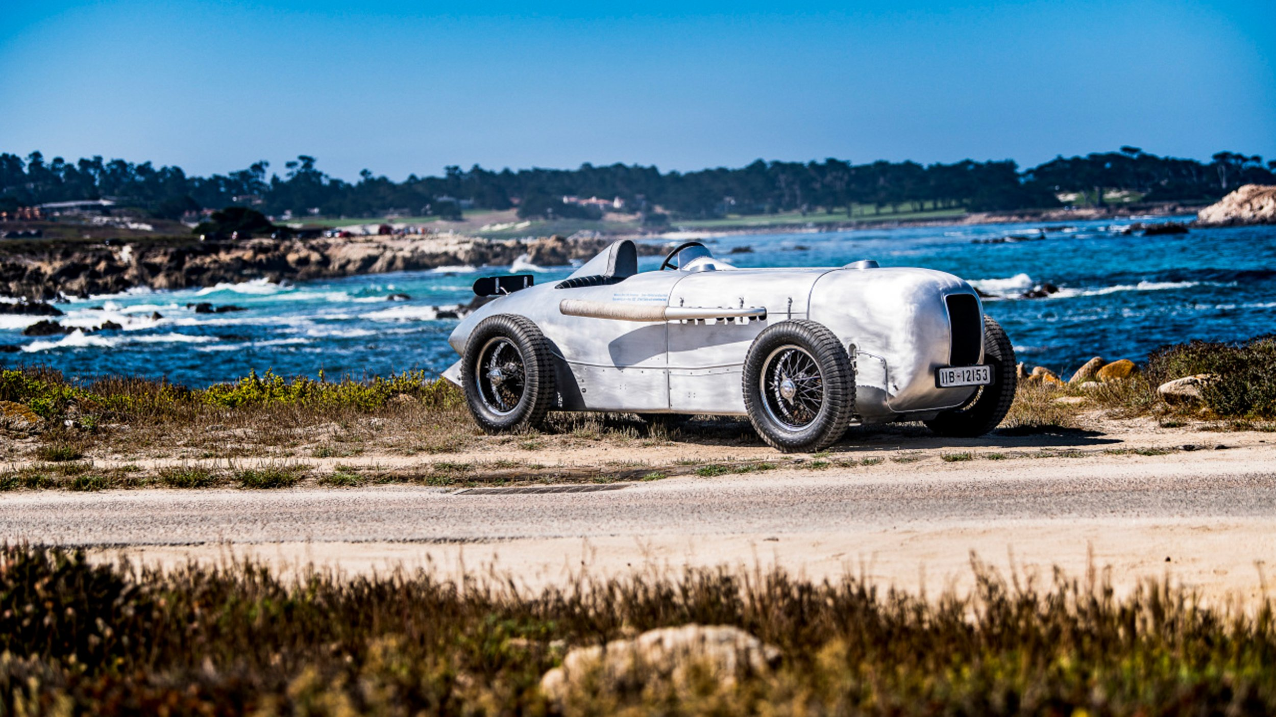 https://cloud.mb-lounge.com/files/HQ-Events/Classic/Oldtimer%20Events/event-calendar-pebble-beach-2560x1440.jpg