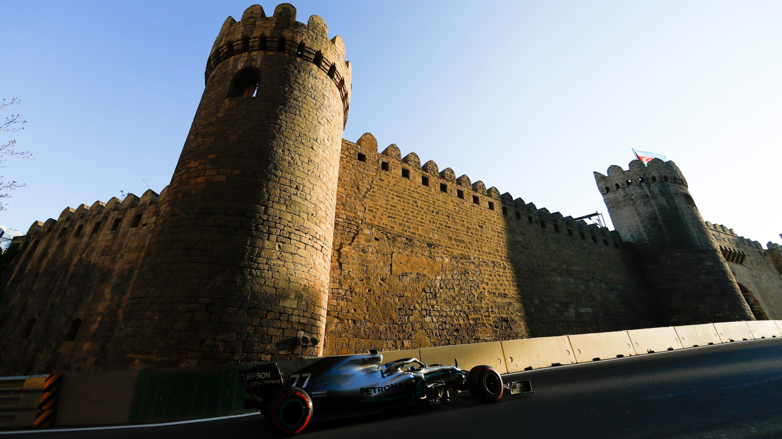 https://cloud.mb-lounge.com/files/HQ-Events/Motorsport/Formel%201/event-calendar-mercedes-benz-formula-1-grand-prix-azerbaijan-2560x1440.jpg